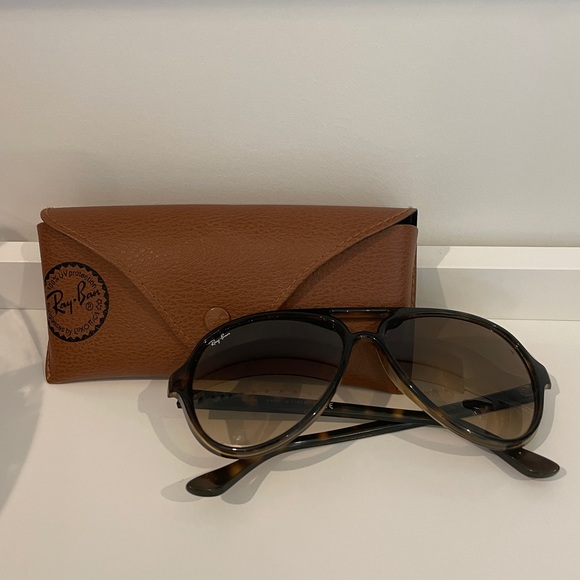 Brown Raybans (Cats 5000 Classic's)